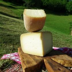 Lot du col du SOULOR :1kg de MELANGE ( vache + brebis ) + 1 Kg de pur BREBIS